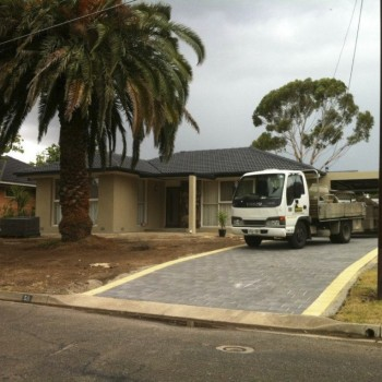 driveway-with-pavers-copy-1024x764